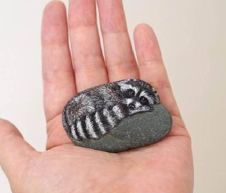 Волшебство: Японка превращает камни в очаровательных животных!