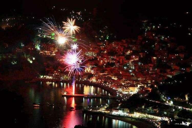 Греция интересное новый год снег